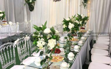 10 mẫu hoa trang trí bàn tiệc cưới thanh nhã và lịch sự